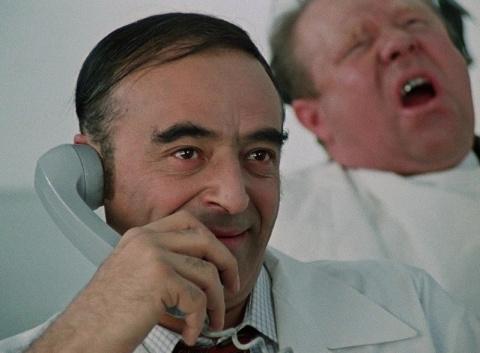 Сколько мог заработать стоматолог в СССР