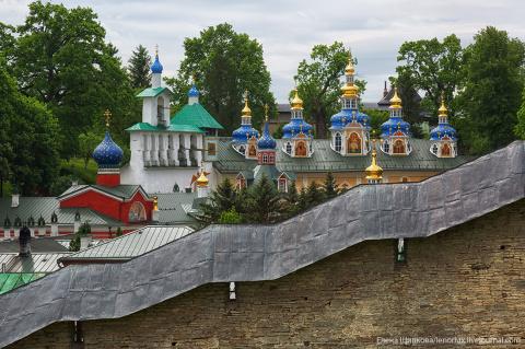Псково-Печерский монастырь. Один из самых загадочных монастырей Руси