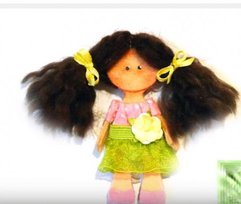Куколка-Магнит на холодильник.