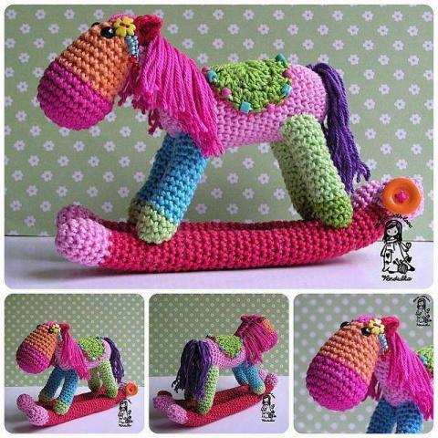 Готовимся к Новому Году - вяжем лошадок