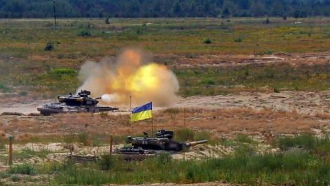 Украинские учения на границе с Крымом: армия России готова преподать Киеву хороший урок