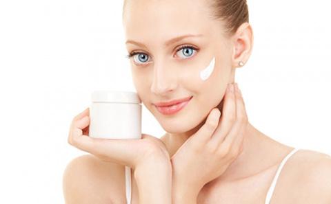 Как сделать домашний крем своими руками?