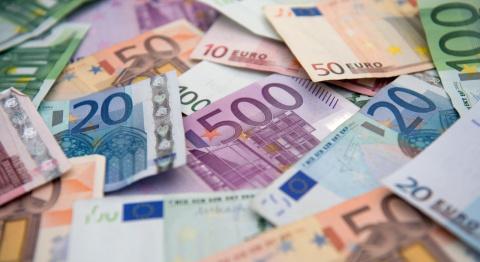 Курс евро упал ниже психолог…