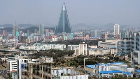"""КНДР призвала всех корейцев осознать """"гнусное нутро"""" США"""