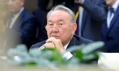 Назарбаев не стал слушать ск…