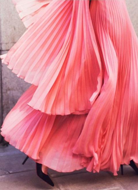 Плиссированная юбка: модный тренд весны-лета 2016