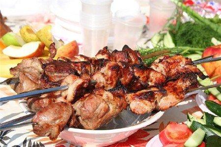 Шашлык из баранины - мясо по…
