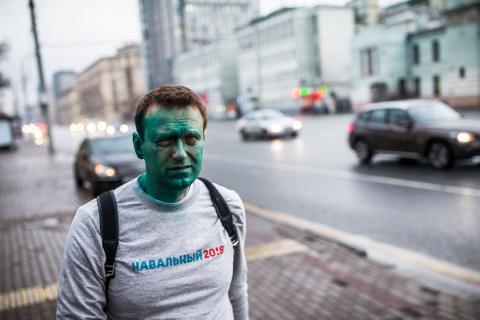 Навальный такой разный, непр…