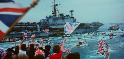 Британская паника превратилась в истерику: СМИ заранее отпели флот Ее Величества