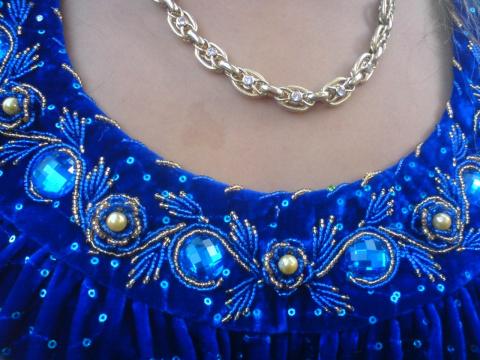 Украшение бисером платья 22