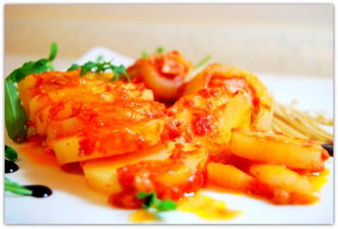 Картофель запечённый в томат…