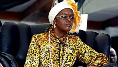 Супруга президента Зимбабве избила электрошнуром 20-летнюю модель в ЮАР
