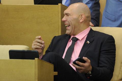 Валуева рассмешило предложен…