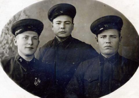 О братьях моих старших (из воспоминаний Брызгаловой Е.Н.)