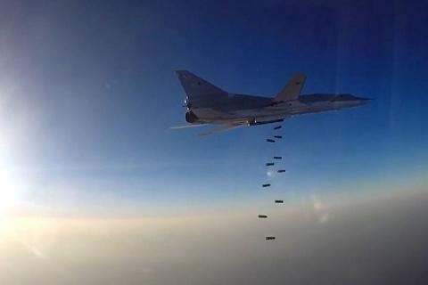 Минобороны: ВКС России нанесли 10 ударов по объектам боевиков в сирийском Идлибе