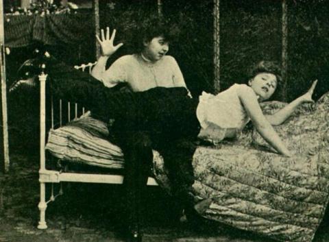 Вот как выглядели откровенные снимки в начале XX века