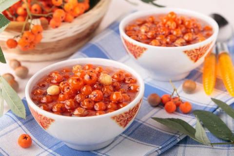 Сохраняем витамины: 6 рецептов моченых фруктов