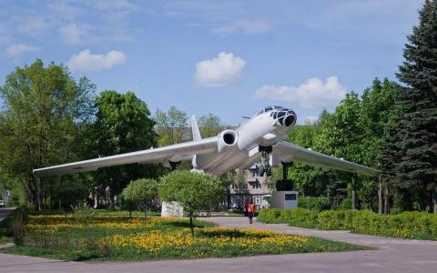 Авиапамятники: истории, которые рассказали нам самолёты на постаментах