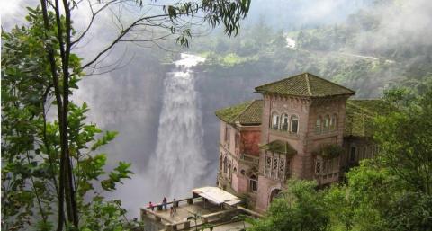 5 грандиозных и живописных заброшенных мест, где лучше ни за что не оставаться одним