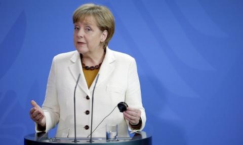 Меркель: санкции неизбежны, так как РФ не уважает суверенитет Украины