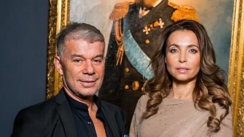 Олег Газманов с женой и друг…