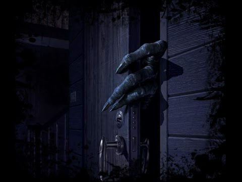 За дверью