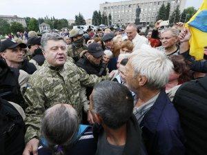 Американский наместник встретился в Славянске с предателями.