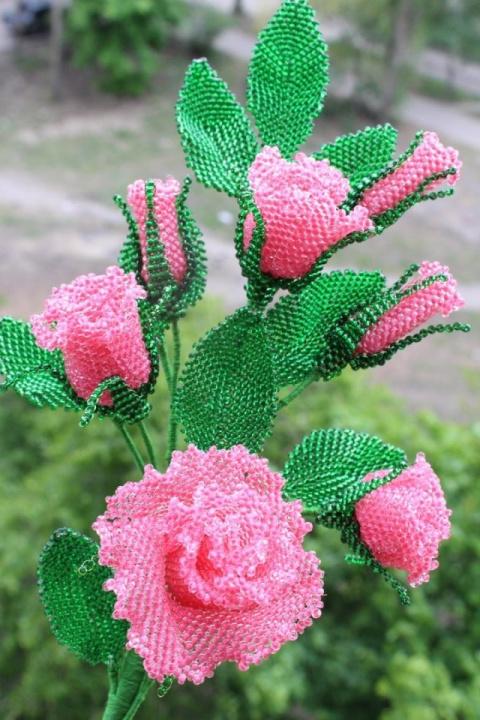 Шикарные розы из бисера. Оце…
