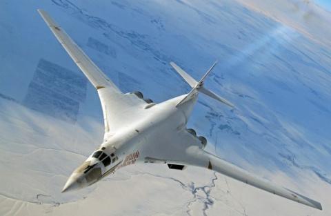 В США обновленный Ту-160М2 н…