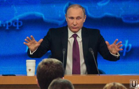 FT сообщила об угрозах Порошенко Путину накануне Минских соглашений