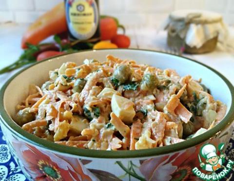 Морковно-яичный салат с горошком