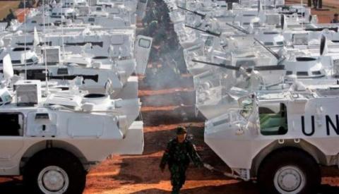 Американский генерал: Миротворцы на Донбассе должны иметь право пересекать границу России