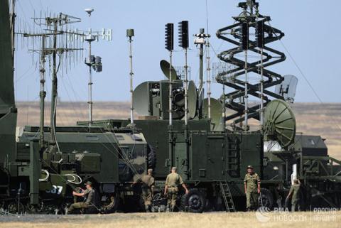Русские строят военную базу …
