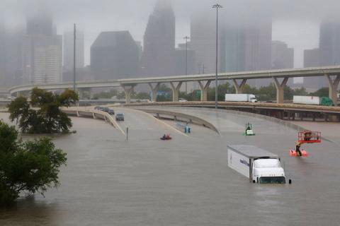 В США распространяется теория, что ураганы «Харви» и «Ирма» это российское климатическое оружие