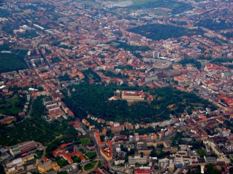 Замок Шпилберк: яркая страни…