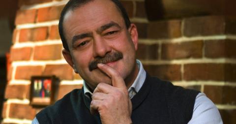 Известный журналист Кожухов …