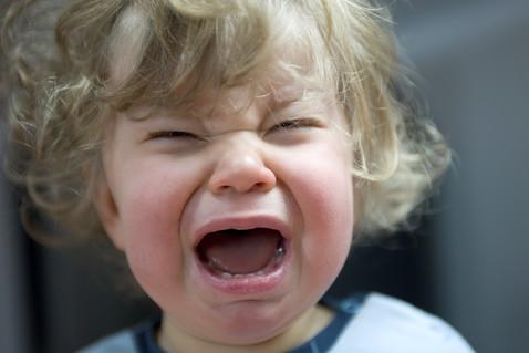 Стоматит у детей: причины, с…