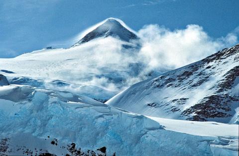 Красивые горные вершины всего мира