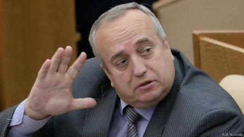 США обязаны узаконить присутствие своей армии в Сирии — Франц Клинцевич