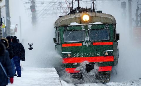 Путин потребовал немедленно восстановить отмененные электрички в регионах