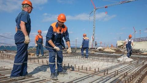 """""""Миротворец"""" опубликовал в Facebook данные строителей моста в Крым"""