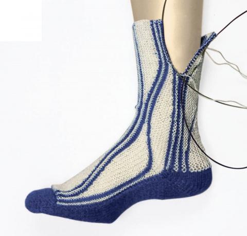 Учебный курс по вязанию носк…