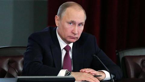 Почему Путин не отвечает на удары?