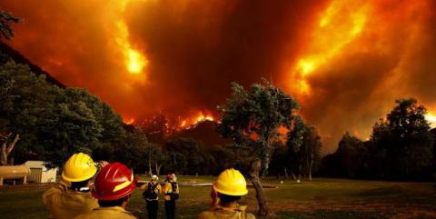 Пожары в Калифорнии сравнили с адом на Земле
