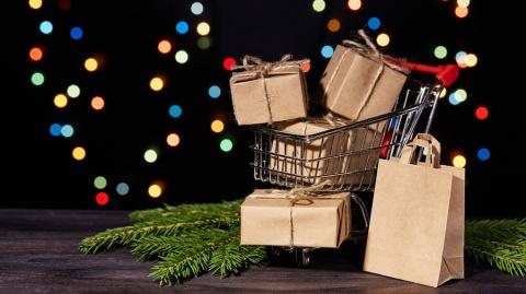 Стоит ли заказывать подарки …