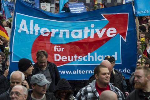 BBC: успех немецких националистов омрачил победу Меркель