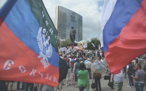 ЛНР и ДНР могут без труда раздеть Украину