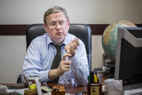 Михаил Делягин: Президент по…