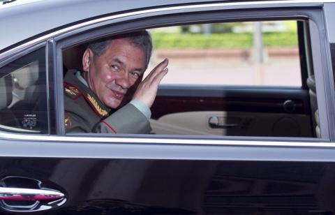 Шойгу обсудил с Раулем Кастро военное сотрудничество России и Кубы