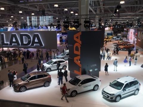 «АвтоВАЗ» обновит комплектации влинейке Lada Granta, Kalina иPriora